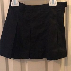 Lands end girls black pleated skirt